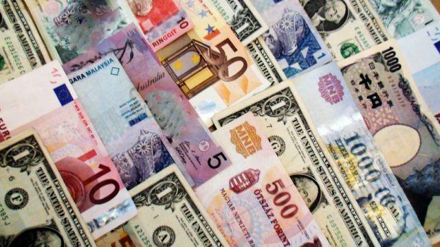 Bills of differing currencies